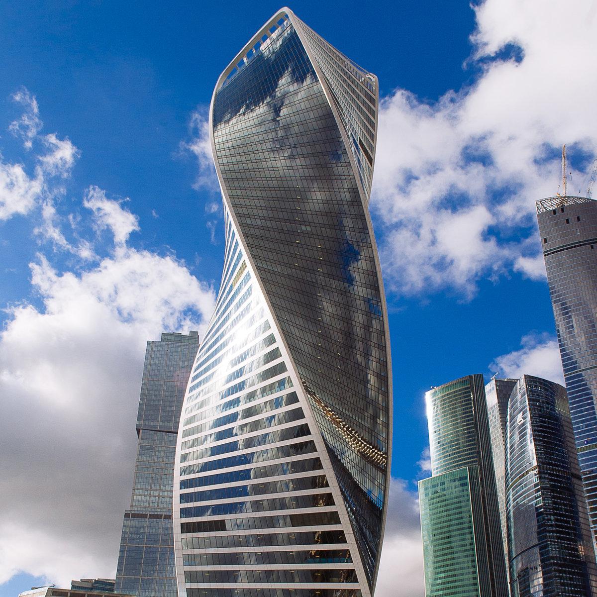 картинки самого большого здания в москве составляют программу тренировок