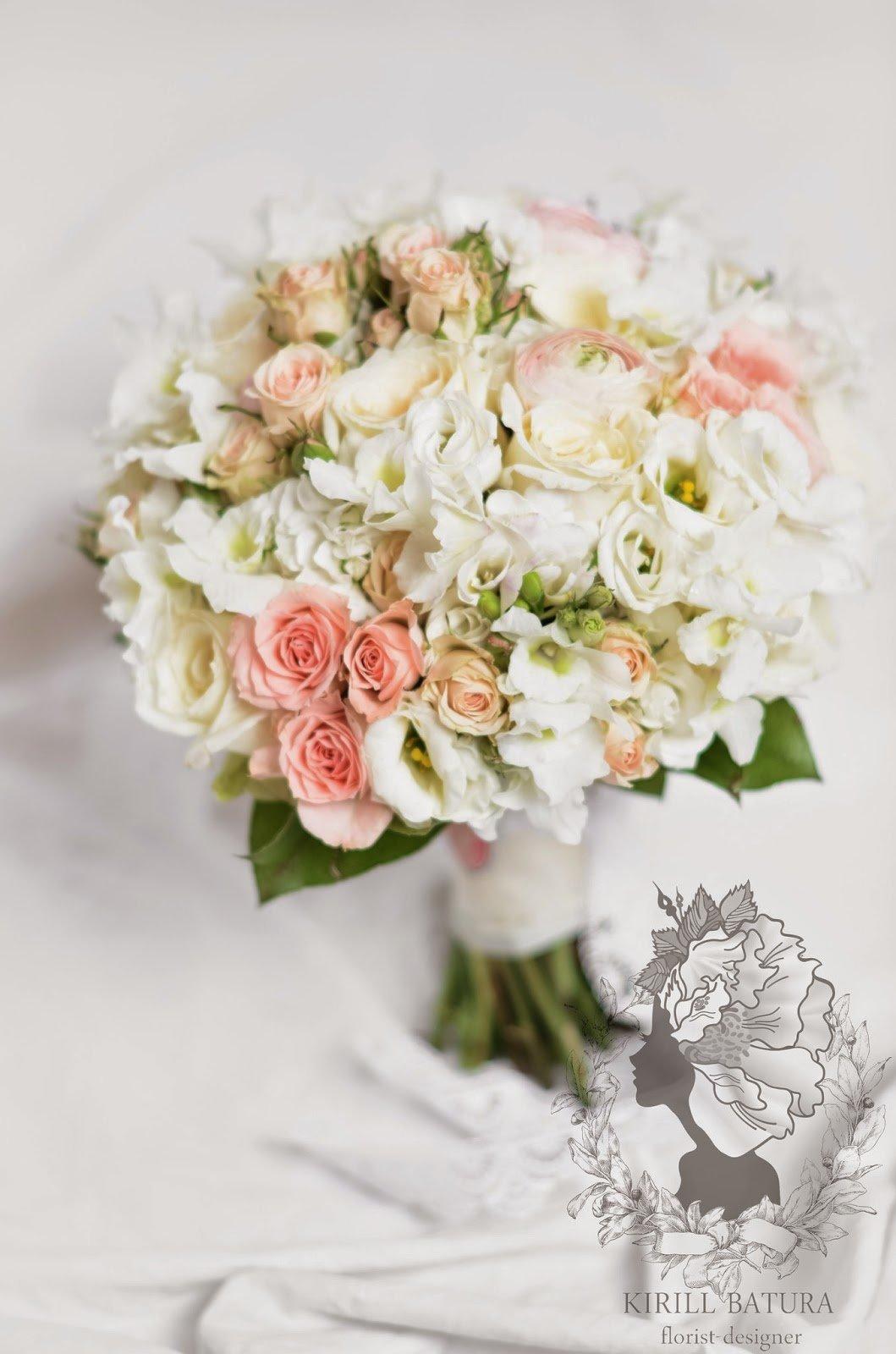 Свадебный букет букет из фрезий и роз, цветы