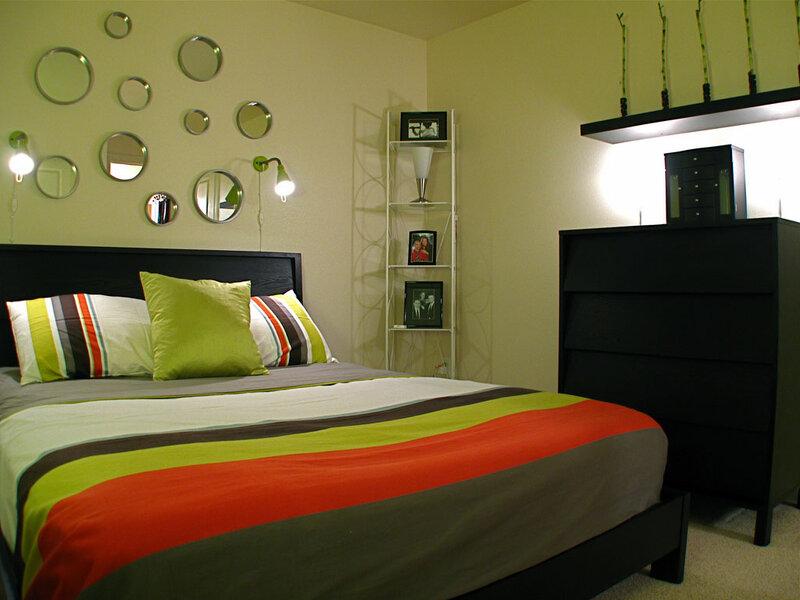 интерьер спальни в успокаивающем стиле
