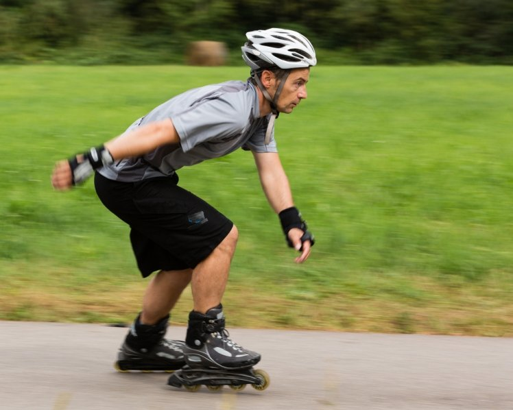 blading essay roller sports When i went on my first roller coaster (i was almost 13) it was my crush that convinced me (big surprise, huh) i actually bruised his arm and after having my moment of embarrassment when i started screaming before we dropped i ended up loving it.