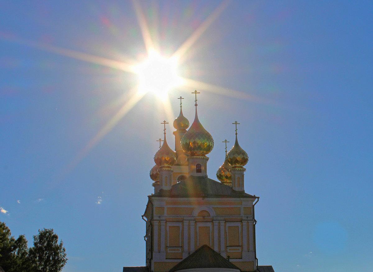 Солнце в храме картинки