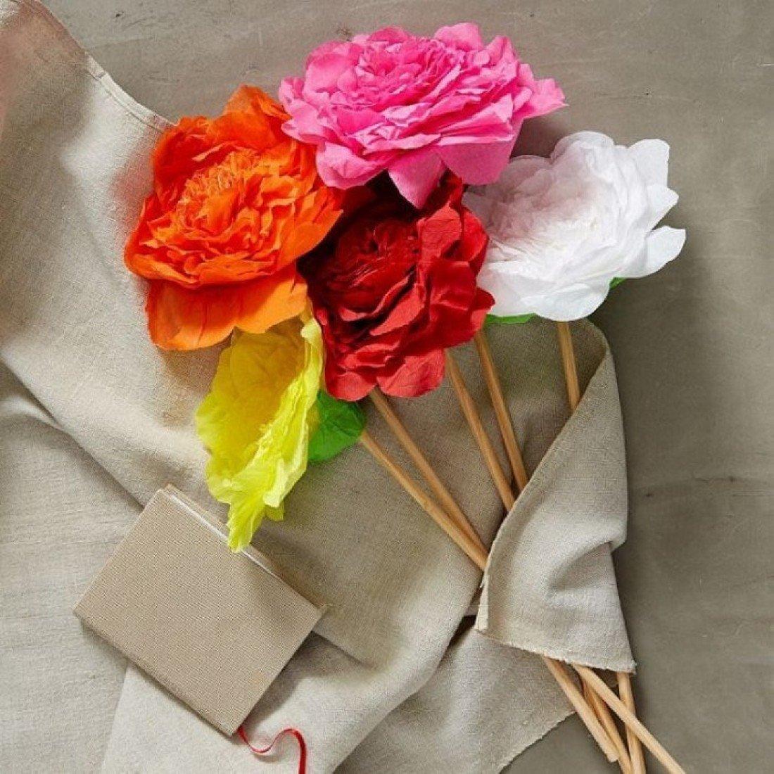 Цветы из креппбумаги своими руками
