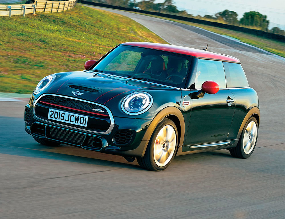 mini cooper Mini just introduced the cooper oxford edition it is a special edition cooper intended for full- or part-time students, postgraduates or those who graduated in the past year.