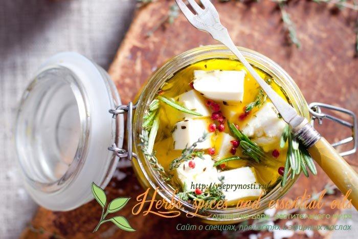 Самые лучшие специи для сыра, как применять специи для сыр, как оттенить вкус сыра с помощью специй, рецепт маринованного сыра
