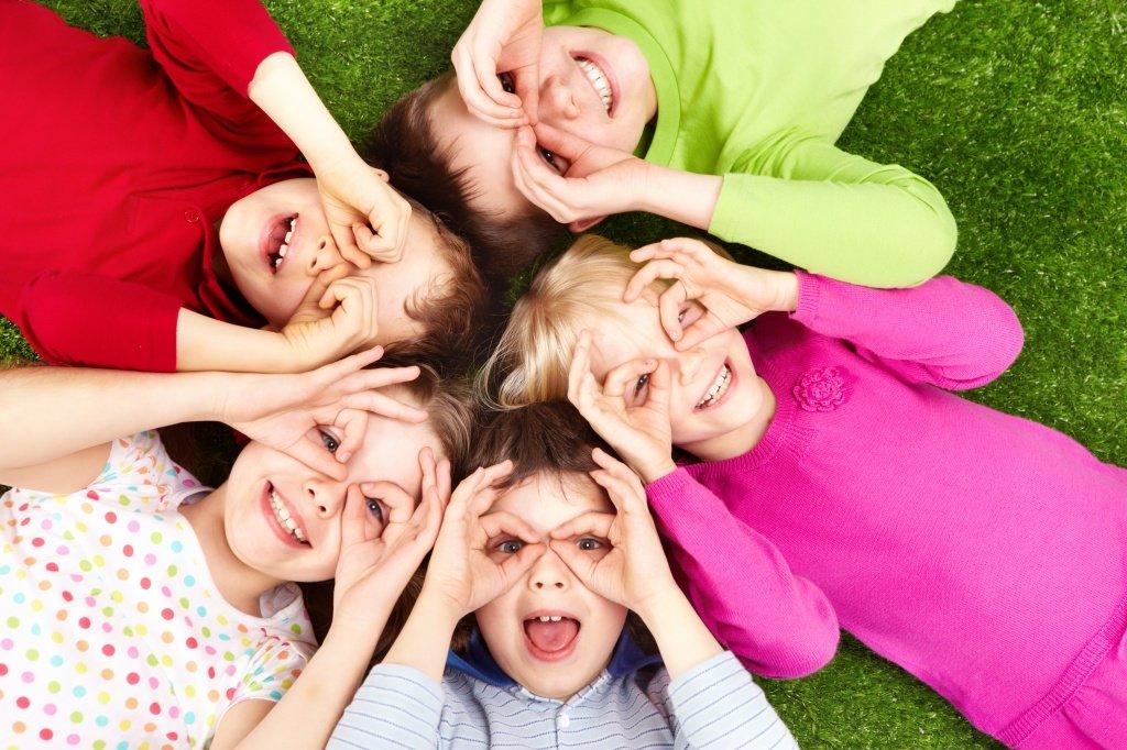 Фото для группы в ватсапе смешные семья, днем рождения