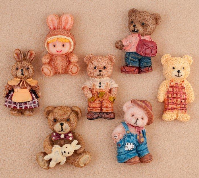семья медведей и заец