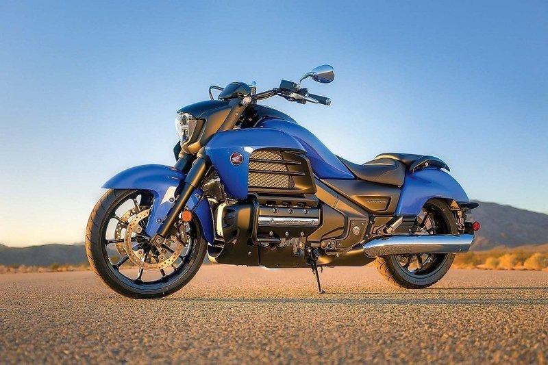 Honda Gold Wing F6C (Valkyrie) - мотоцикл класса «Touring».