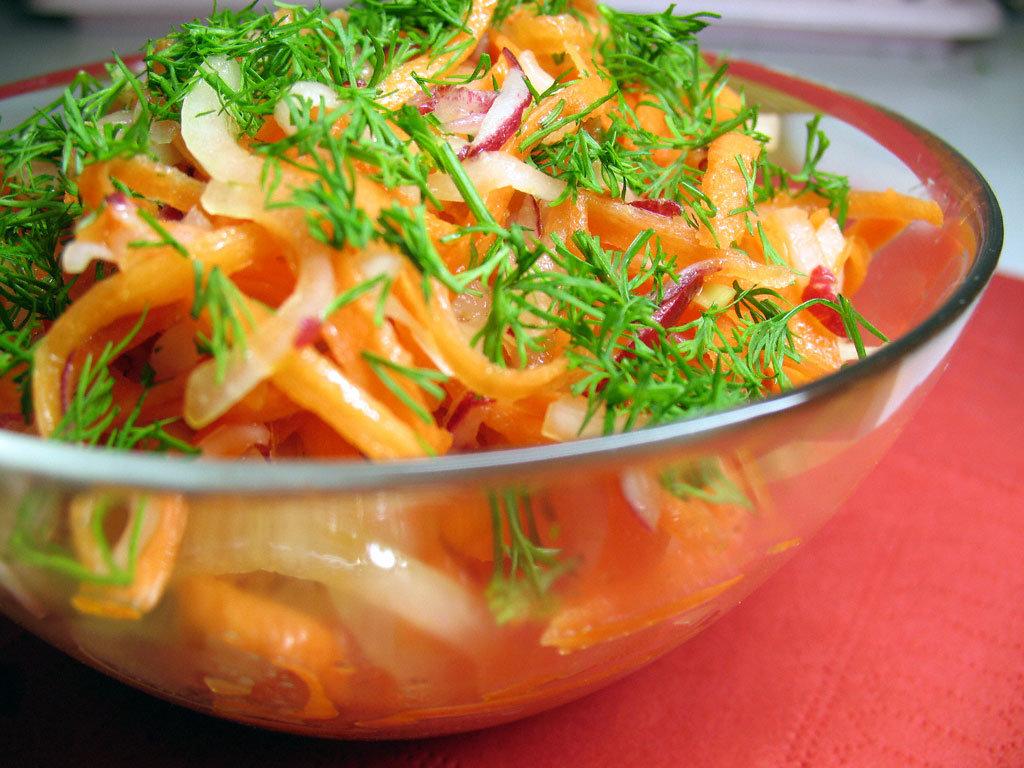 Салат к мясу жареному