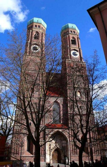 церковь фрауэнкирхе в мюнхене