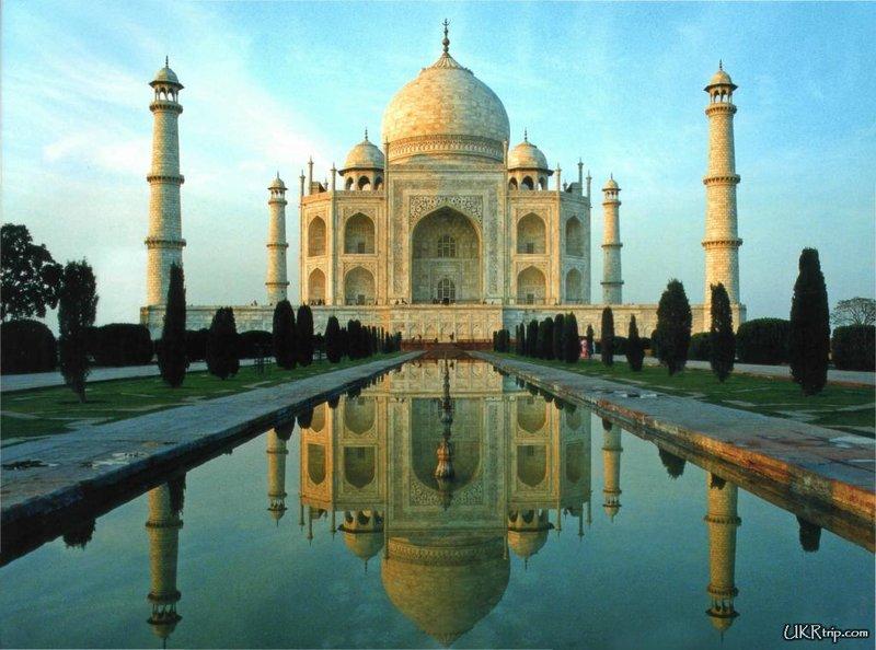 Тадж Махал – достопримечательность мирового масштаба. Индия