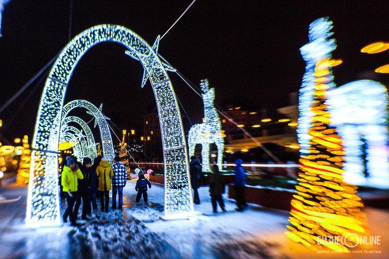 Ажурная световая феерия новогодней Казани