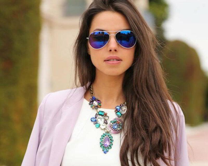 Модная оправа очков и цвет