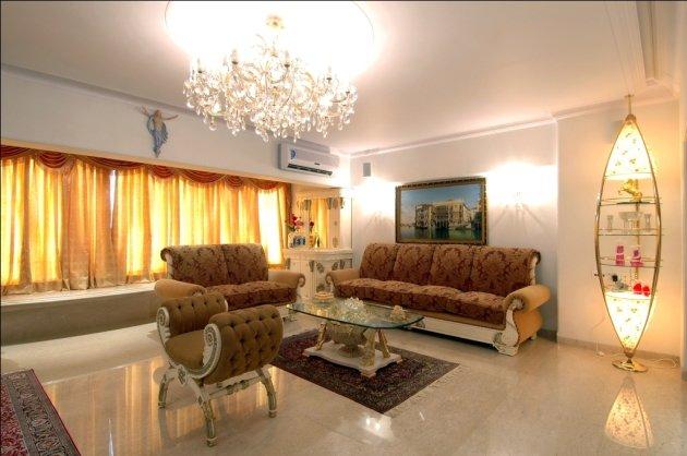 Гостиная в стиле барокко характеризуется богатством, пышностью, роскошью. Она чем-то напоминает домашний очаг и уют. Отличается от комнат других стилей своей практичностью и универсальностью