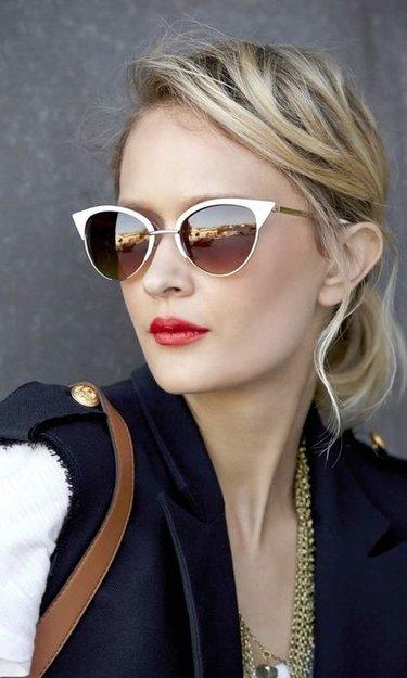 20 карточек в коллекции «Девушки в солнцезащитных очках» пользователя  lexoxel в Яндекс.Коллекциях ebccb3fb8cd