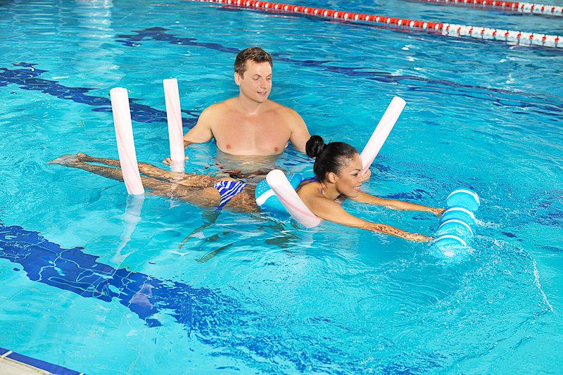 Тренировки помогают сбросить лишний вес, подтянуть мышцы, оказывают благоприятное влияние на здоровье.