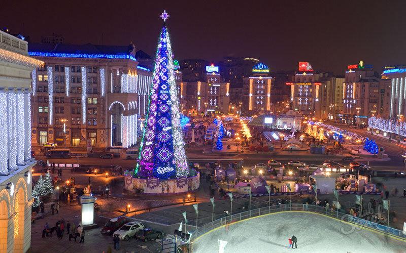 Куда поехать на Новый год без загранпаспорта. Новый год на улицах Минска