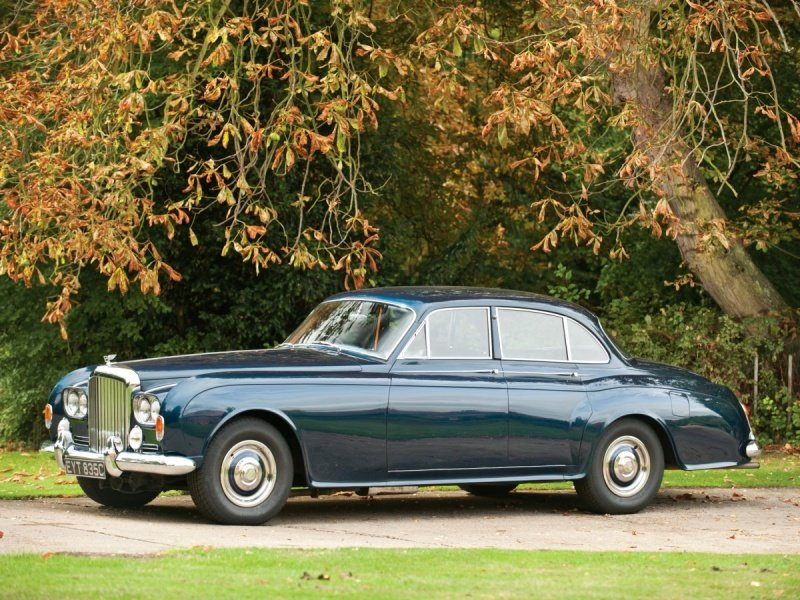 Bentley S3 Continental Saloon by James Young