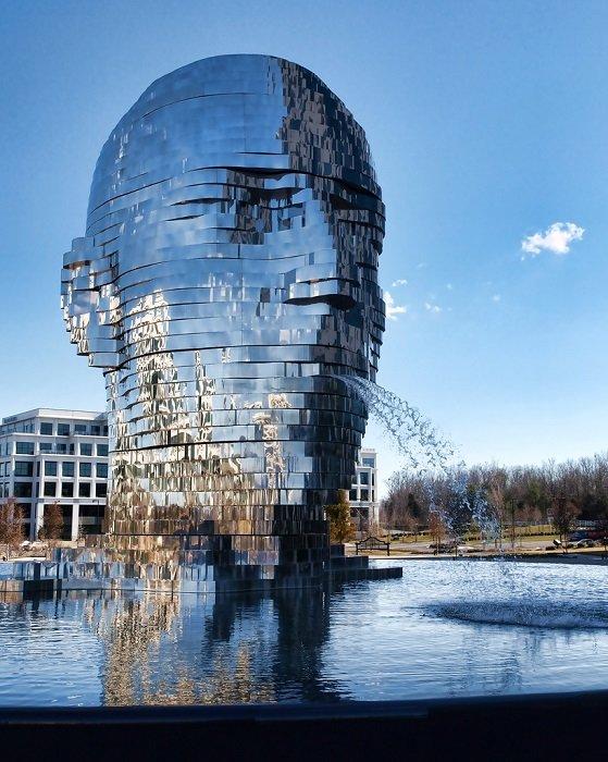Cкульптура-фонтан «Метаморфозы», США