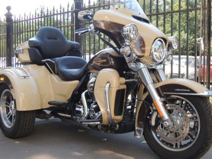 """Harley-Davidson Tri Glide Ultra Classic: три колеса свободы - Категория """"А"""" - АвтоВзгляд"""