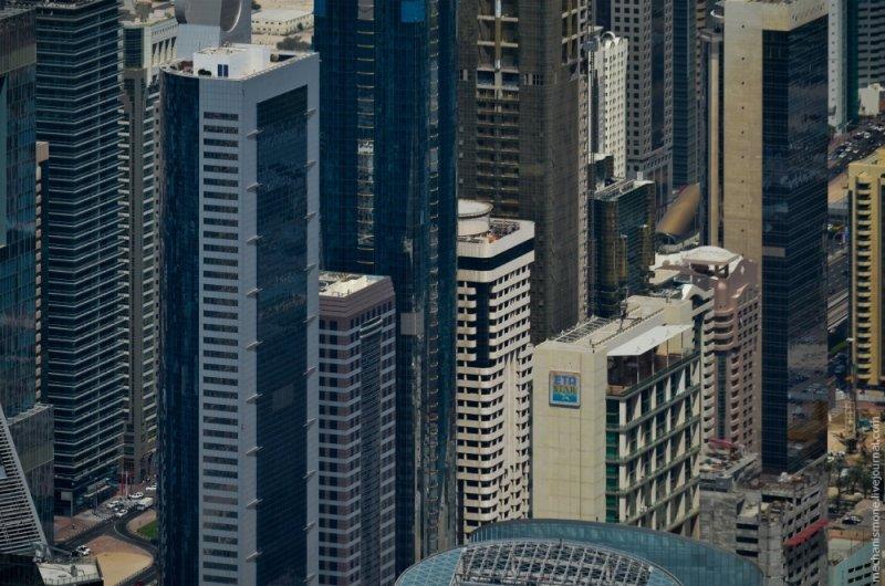 Небоскребы в Дубае с высоты - Фото Архитектура