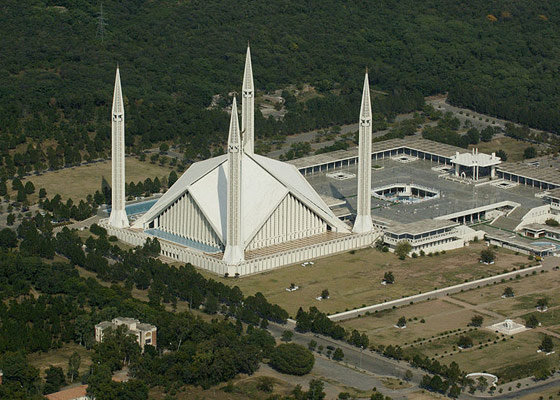 Одна из самых больших мечетей Шах Фейсал