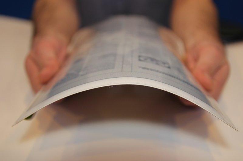 Планшеты будущего сделают гибкими, как бумага — Жизнь, Технологии | Моя газета