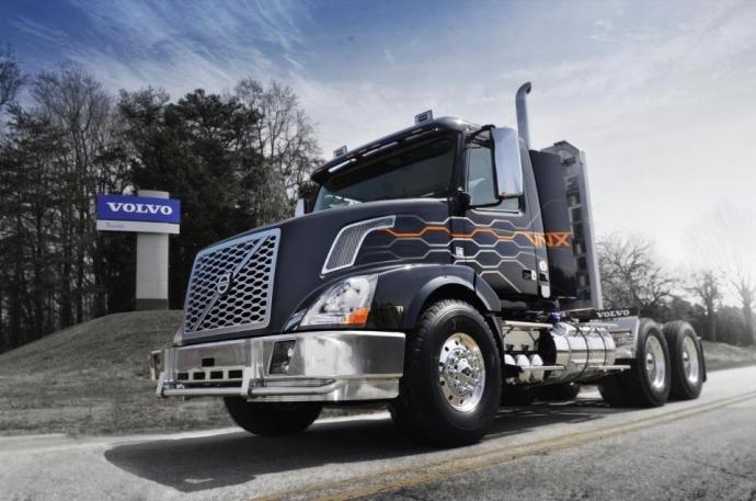 Volvo Trucks выпустила сверхтяжелый грузовик VNX для североамериканского континента