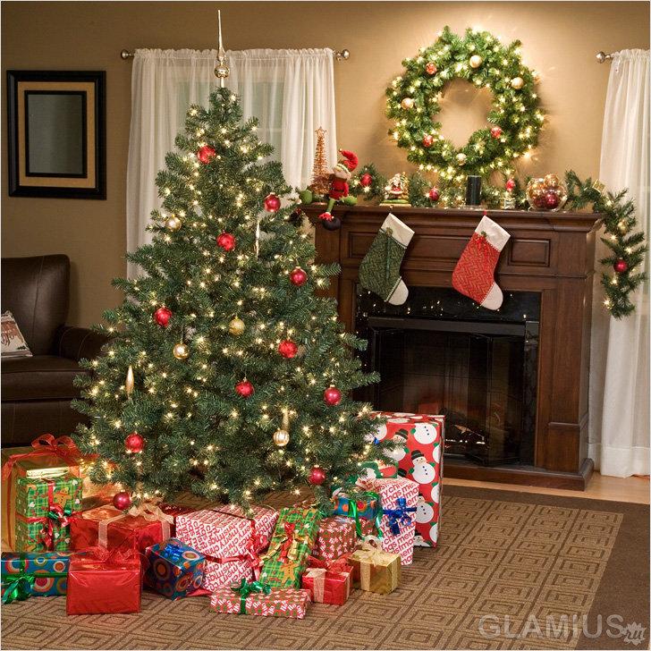 Елка с подарками
