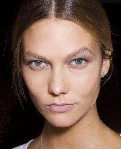 Косметика: офисный макияж по дресс-коду