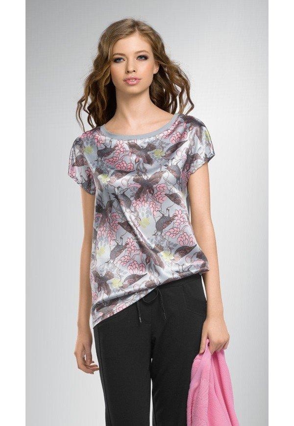 Купить недорого женские футболки в интернет-магазине GroupPrice