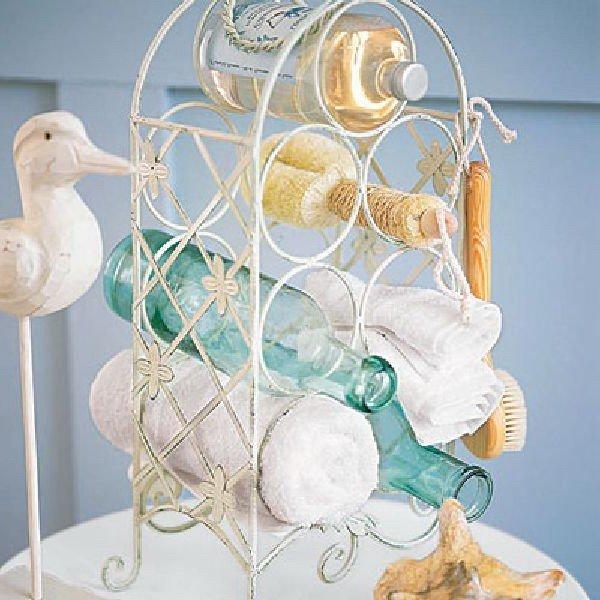 Подставка для хранения банных принадлежностей в ванной комнате