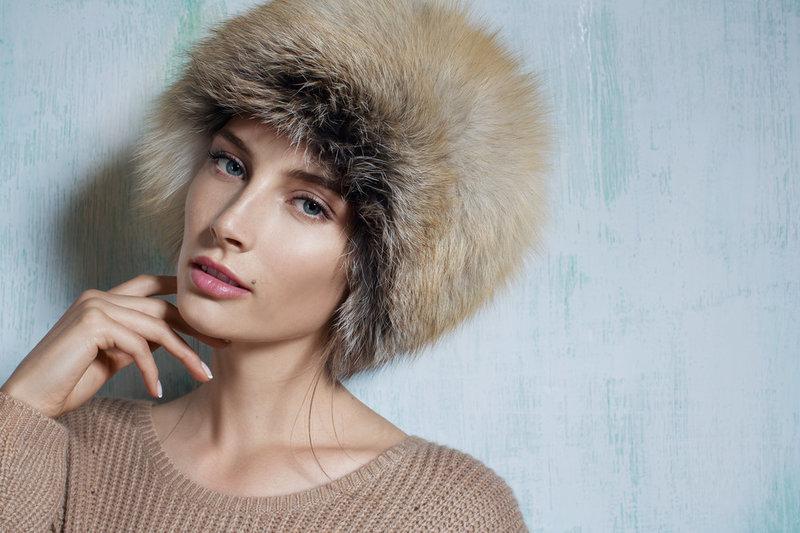 Шапка из лисы в Москве, купить меховые женские шапки из лисы коллекции 2016
