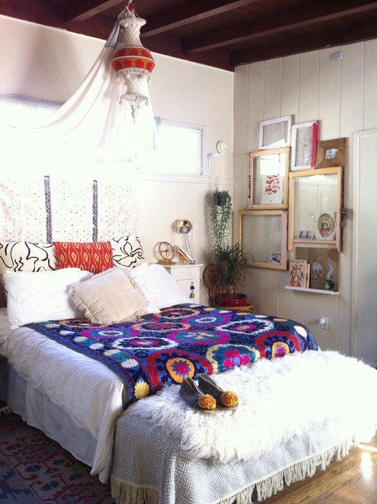 Спальня в стиле ретро бохо