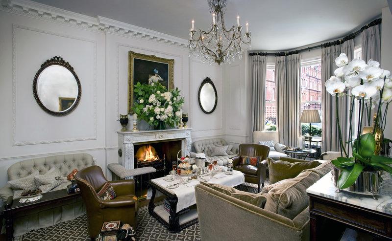 Серый текстиль для викторианского стиля