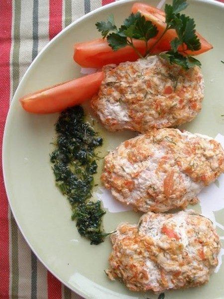 Куриные котлеты на пару под соусом от Юлии Высоцкой