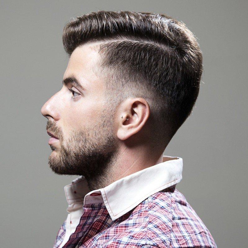Популярные мужские стрижки с бритыми сторонами