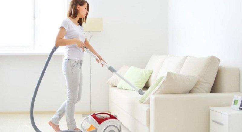 Как почистить диван в домашних условиях от грязи и 52