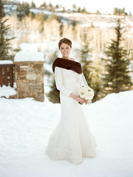 Свадебное теплое платье