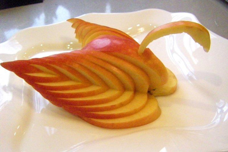 Лебедь из яблока | Пошаговые кулинарные рецепты с фото