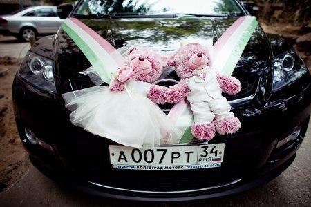 Украшение автомобиля на свадьбу