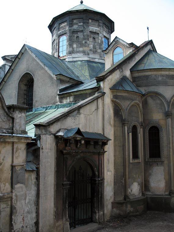 Армянский кафедральный собор является одним из самых древних и значимых памятников истории во Львове