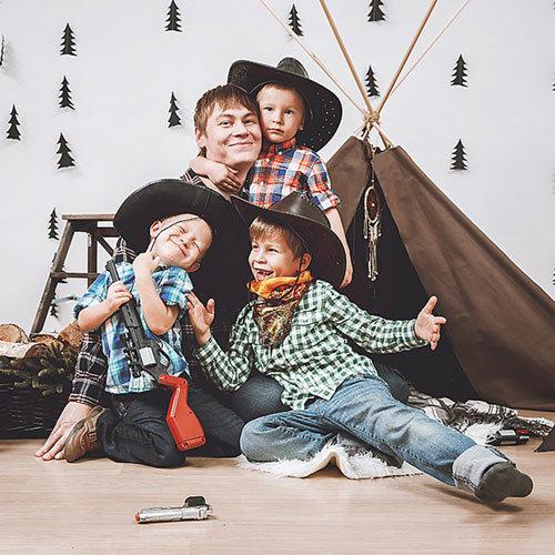Korastudio - это группа талантливых фотографов Казани. Мы делаем качественные и живые фотографии!