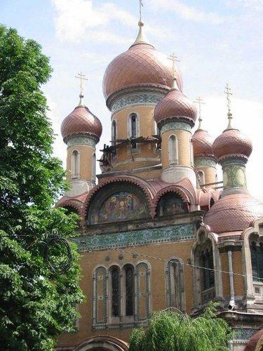 православные храмы румынии