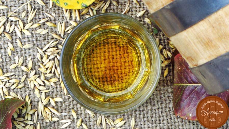 Приготовление виски в кипящую воду засыпать крупу, размешать, запаривать в теплом месте час-полтора.