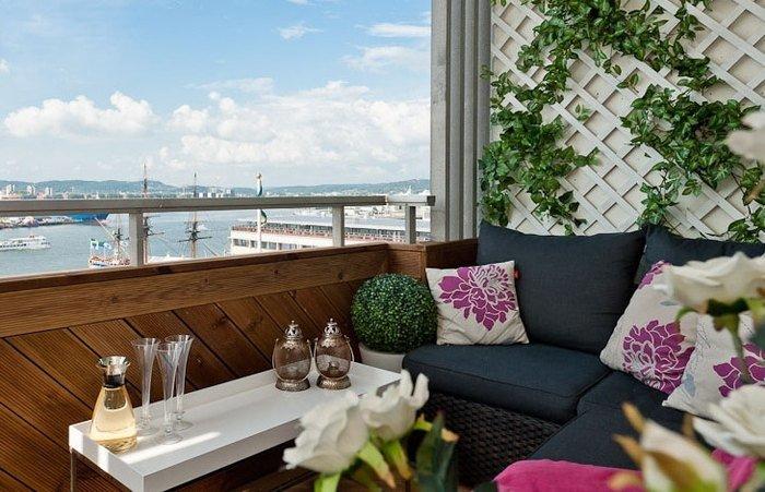 Райский уголок на маленьком балконе