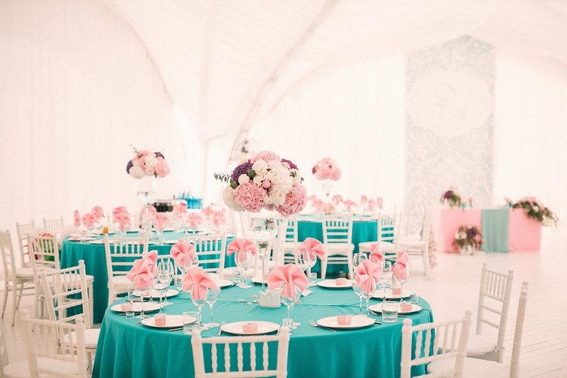 Розовый и бирюзовый: свадьба Евгения и Ксении в нежных тонах 77