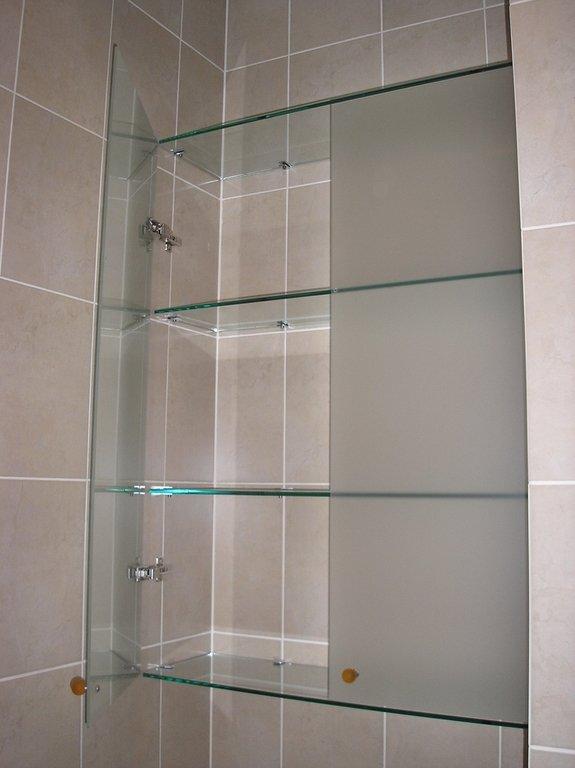 """Стеклянный шкафчик в ванной"""" - карточка пользователя владисл."""