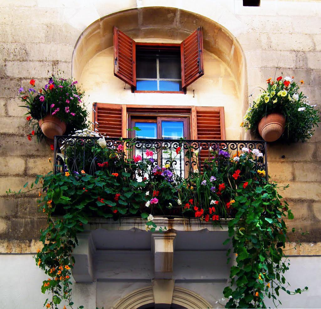 Красивые картинки балконов