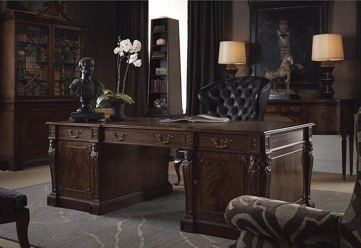 Роскошный дизайн рабочего кабинета в коричневом цвете