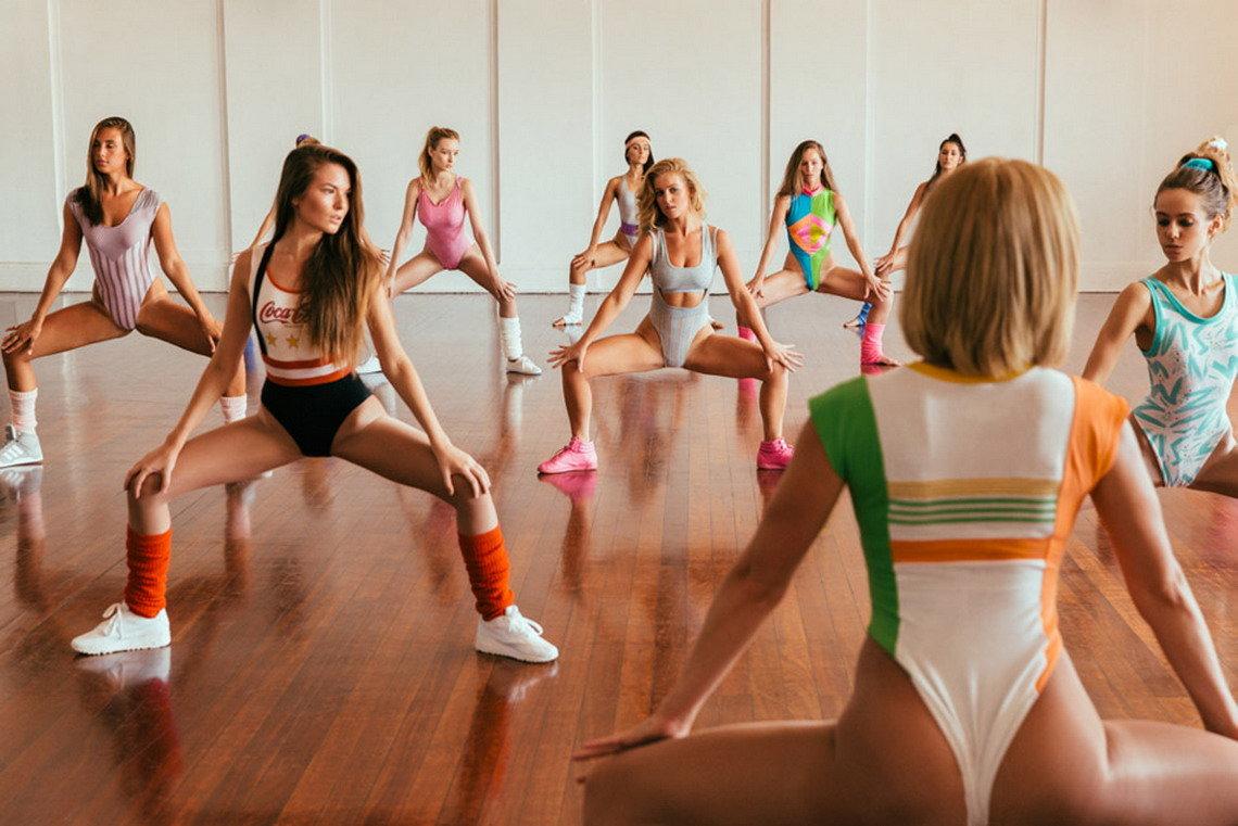 ритмическая гимнастика девушек в нижнем белье видео фото - 1